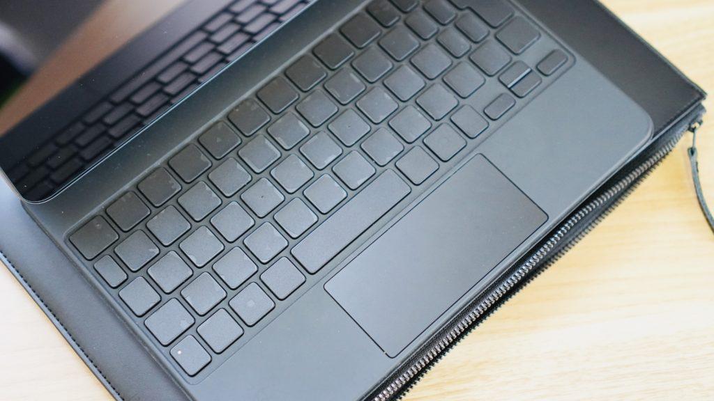 レイヤーポーチ-Magic Keyboard