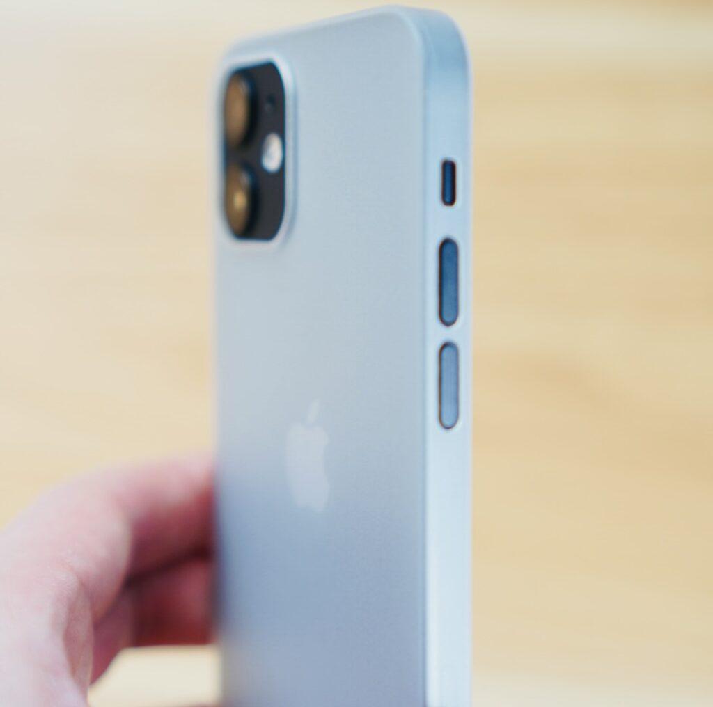アイスホワイト × iPhone 12 mini ブラック