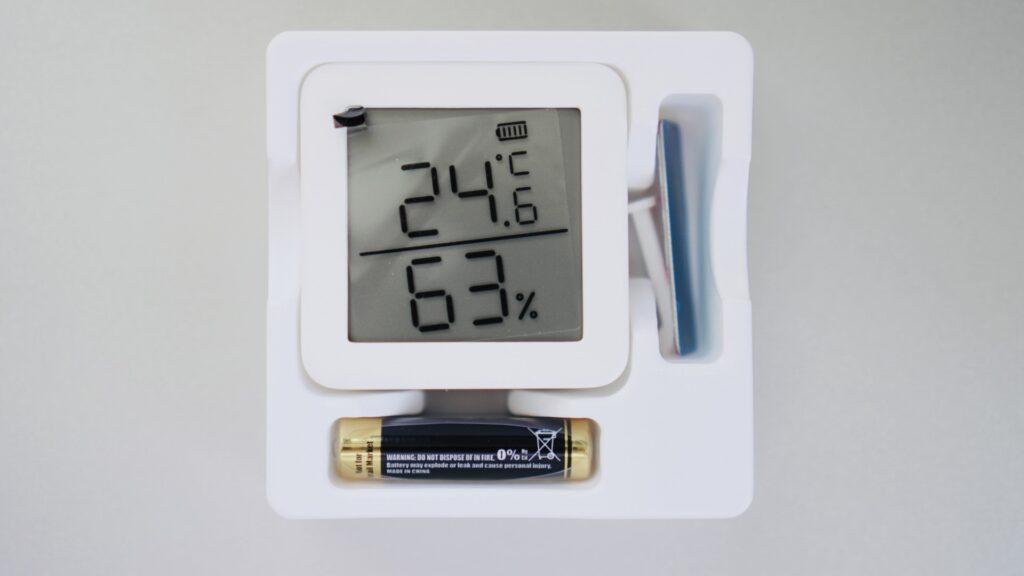SwitchBot温湿度計を開封